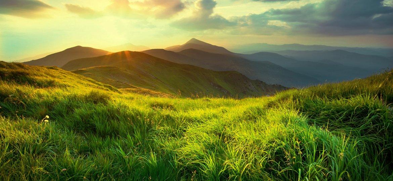 RCyJ-Mountian-Sunrise-iStock-591441250